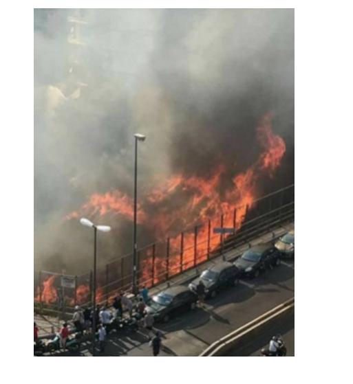 Napoli, incendio via Caldieri, la discarica segnalata e mai rimossa