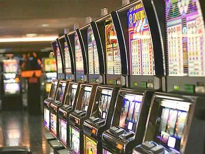 In Campania 57,8% studenti gioca d'azzardo, primi in Italia