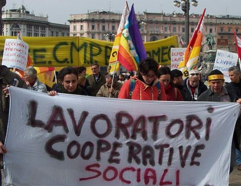 Napoli, operatrici Osa assunte in sostituzione di altri lavoratori. Operazioni poco trasparenti. Intervenga il Sindaco